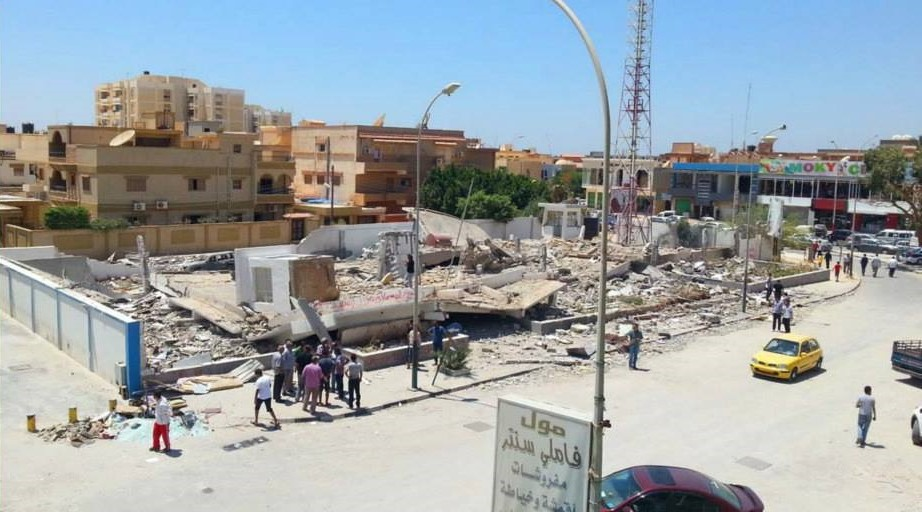 Benghazi, 19 June 2013:  A huge explosion totally flattened the police station in the Al-Hadayeq (the gardens) district of Benghazi early this morning, but miraculously there are no casualties being reported