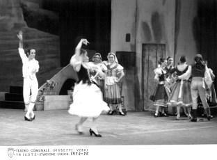 1975-01-28-EL SOMBRERO DE TRES PICOS-Trieste-F.Lizundia,Ang.Aguadé