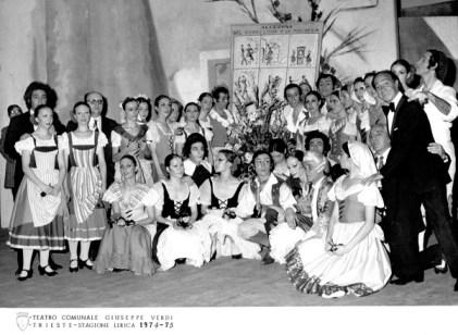 1975-01-28-EL SOMBRERO DE TRES PICOS-Trieste-Maite Casellas, M. Núñez, C. Cavaller, A. Rovira, Asun. Aguadé, C. Ventura, Magriñá, F. Lizundia