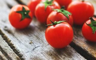 Afbeelding van tomaten bij een blog over vruchtdragen en de vrucht van de Geest