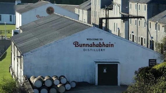 Bunnahabhain lanza dos ediciones limitadas