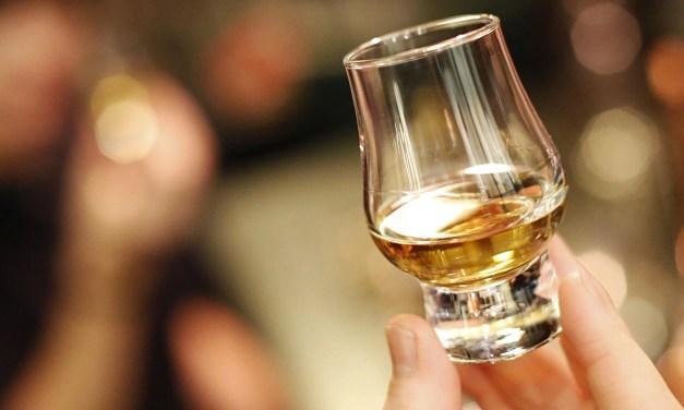 El whisky escocés firma un acuerdo con La Guardia Civil