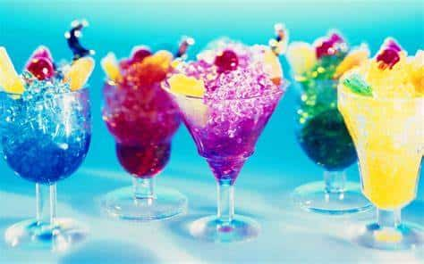 La coctelería, combinaciones exóticas y 4 recetas de colores