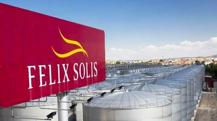 El grupo bodeguero Félix Solís mejor productor 2020