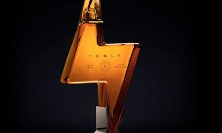 Tesla Tequila, nueva propuesta de Elon Musk, por 210 euros