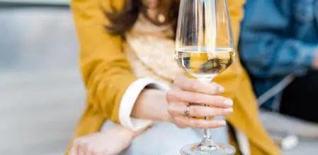 Vino blanco: 4 variedades de uvas para su elaboración