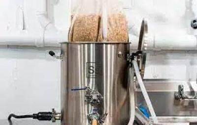 Proceso de clarificación de la cerveza.