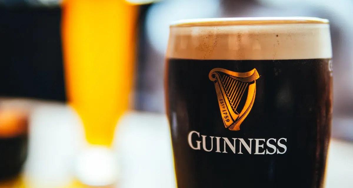 La espuma de la cerveza es esencial para evaluar la calidad