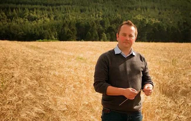 Whyte & Mackay implementa su Programa de Roble Escocés en toda su cartera de whiskies escoceses