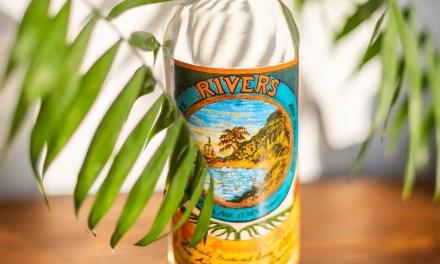 Ron Rivers Royale de Granada: tan inflamable que no puedes llevarlo en avión