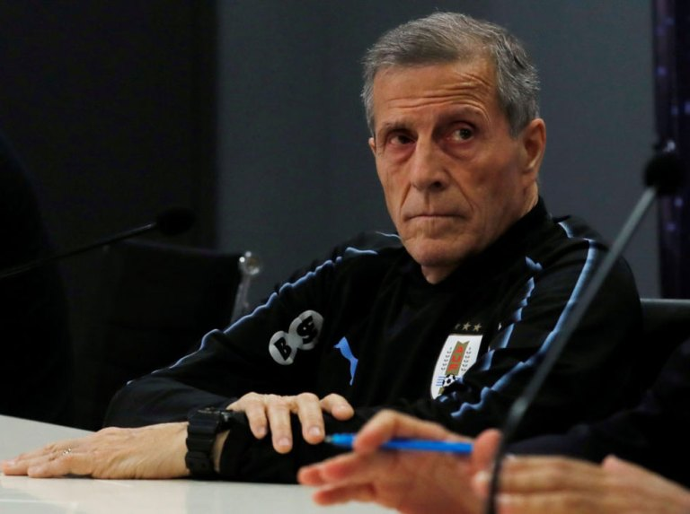 Tabárez: «We were greatly surpassed by Brazil and I am totally responsible»