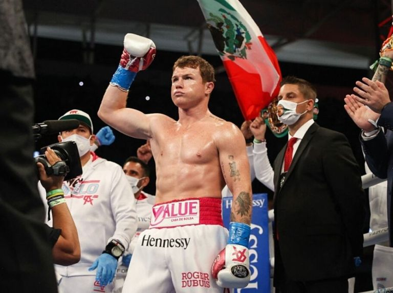 'Canelo' and Saunders pass the weigh-in and are ready to fight