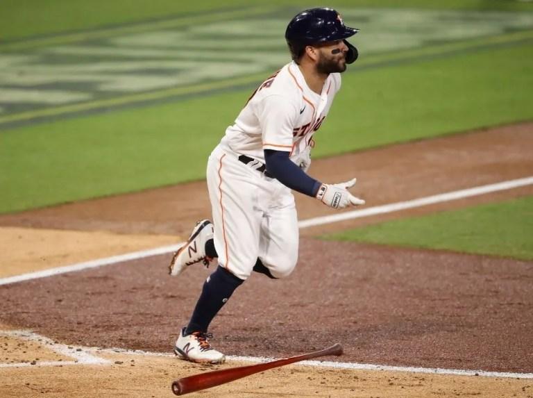 Altuve impulsó tres en triunfo de Astros ante Rangers