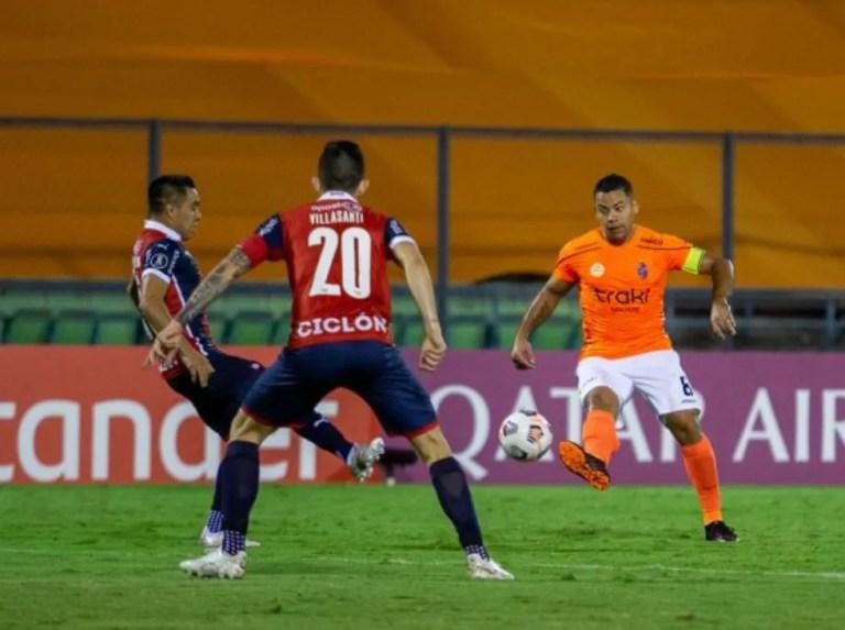 Deportivo La Guaira cae en casa ante Cerro Porteño