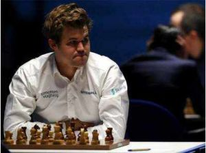 Sembrar Ajedrez | Carlsen clasifica con apremio