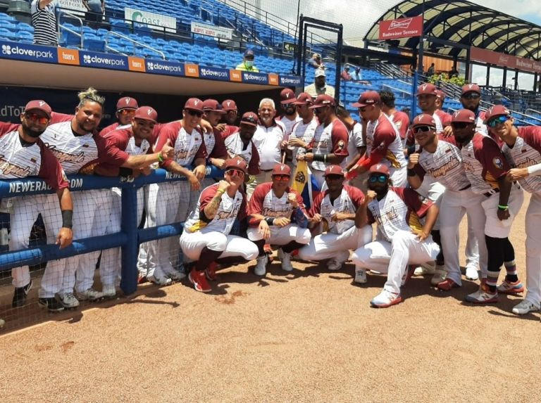 Venezuela focuses on Mexico for the playoffs