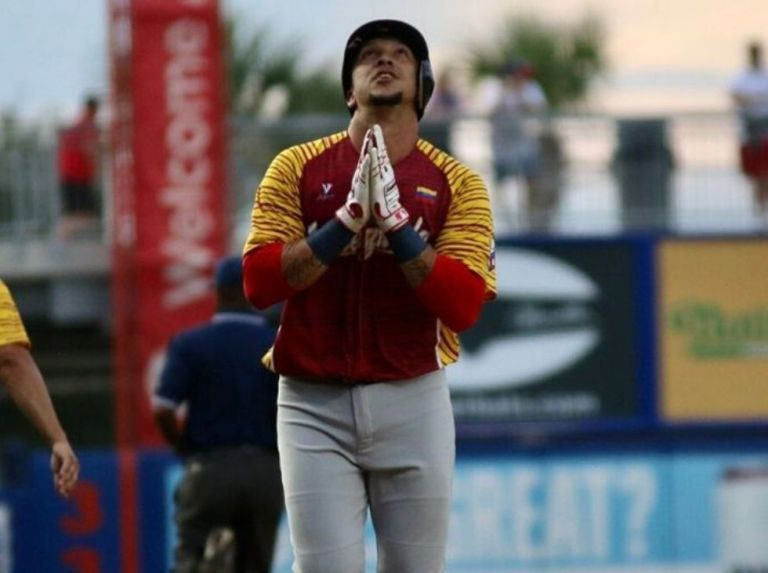 Venezuela cargó con la derrota en lluvia de batazos ante Dominicana