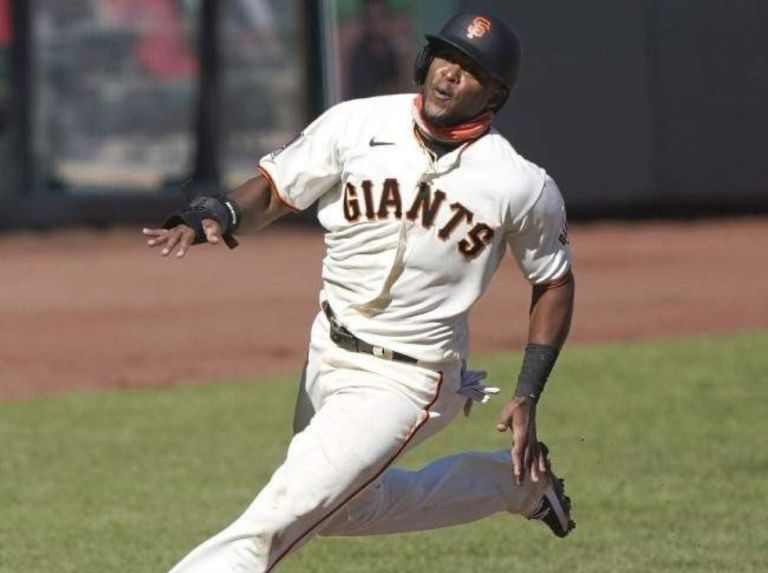 Luis Basabe will be the central fielder of the Eagles
