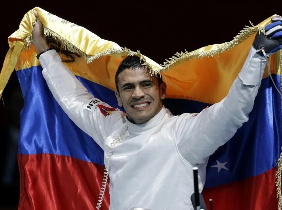 Rubén Limardo salta a la pedana sin presión