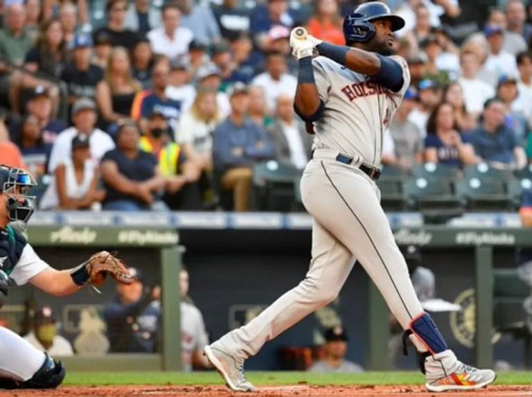 Álvarez lideró triunfo de Astros ante Seattle