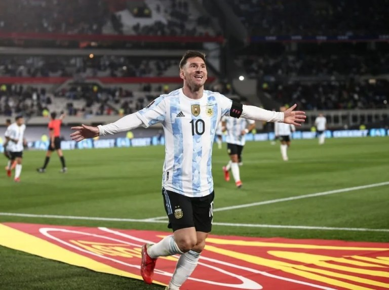 Argentina announces list for triple date with Messi at the helm