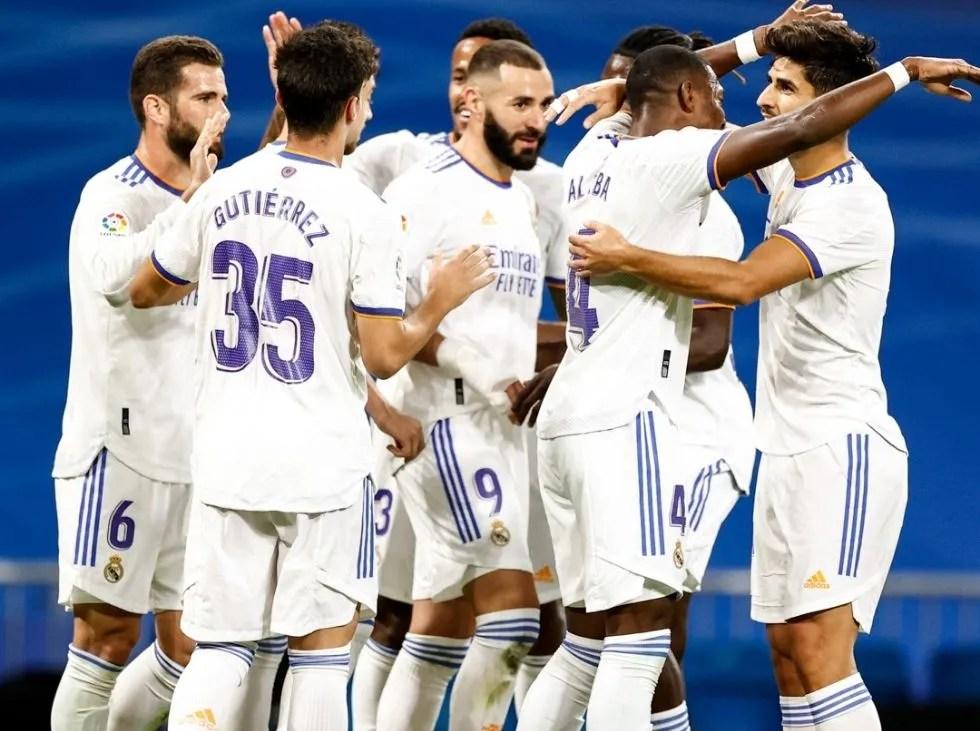 Real Madrid se afianza como líder de LaLiga con goleada