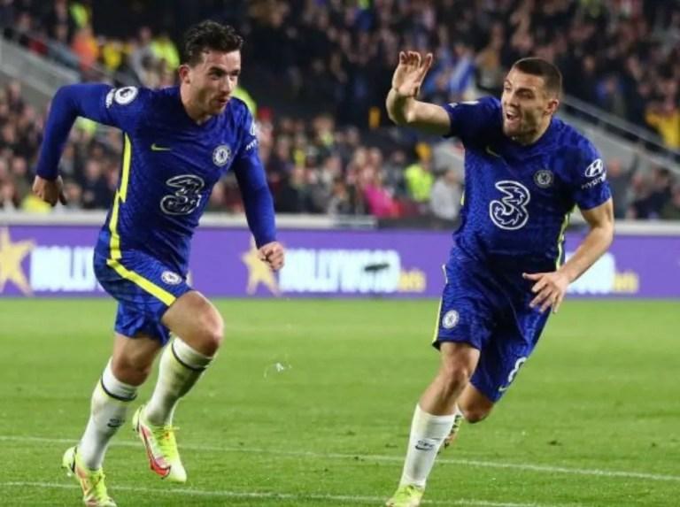 Chelsea recupera el liderato contra el Brentford