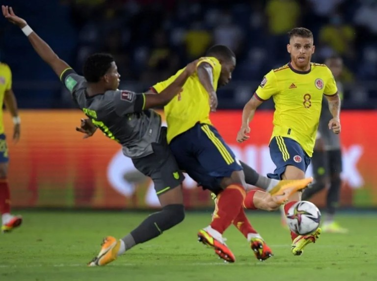 The VAR rescued a valuable draw for Ecuador in Barranquilla
