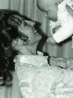 Maria Gasser geb. Fürst mit Sohn Johannes *1970