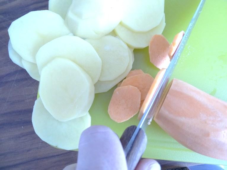 schnipseln für den kartoffelgratin