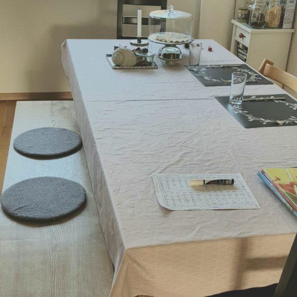 Tischtuch mit Bauschgarn nähen