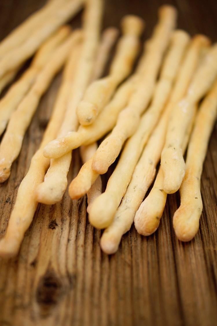 Einfache Brotstangen (Grissini) selber machen