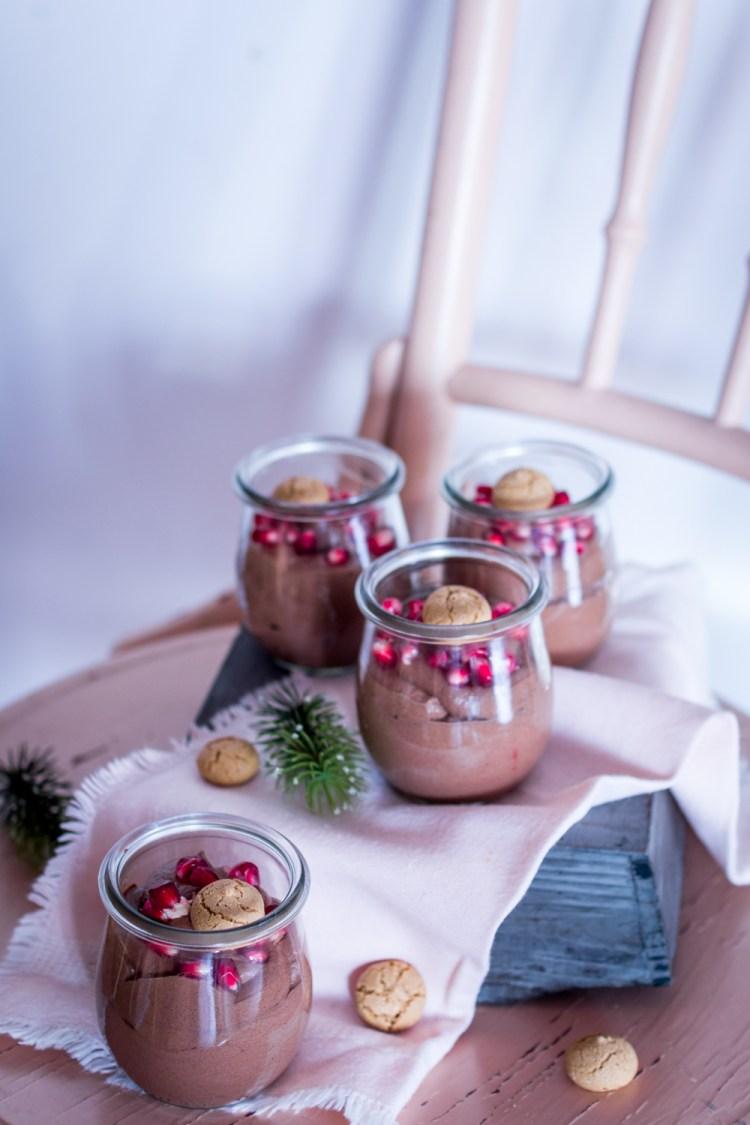 weihnachtliches-schoko-dessert-im-glas-7