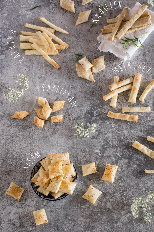 Schnelles Fingerfood: Sesam Cracker & Knusperstangen