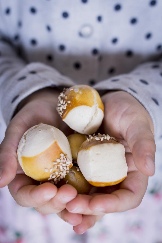 Kleine Laugenbällchen - Schnelles Fingerfood & einfaches Rezept