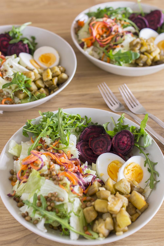 Vegetarische Buddha Bowl - Salatidee & Rezept