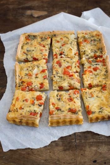 Vegetarische Zwiebeltarte mit Paprika - tolles Rezept!