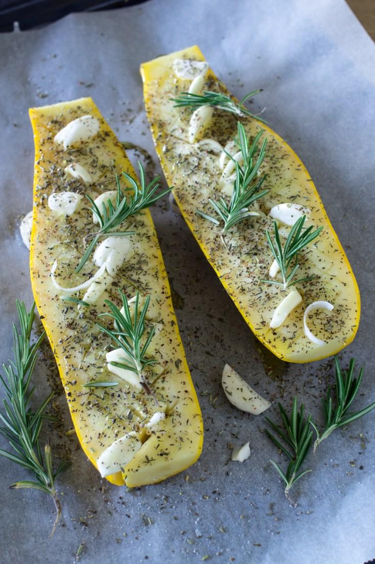 Mediterrane Zucchini aus dem Backrohr | Einfaches und gesundes Rezept