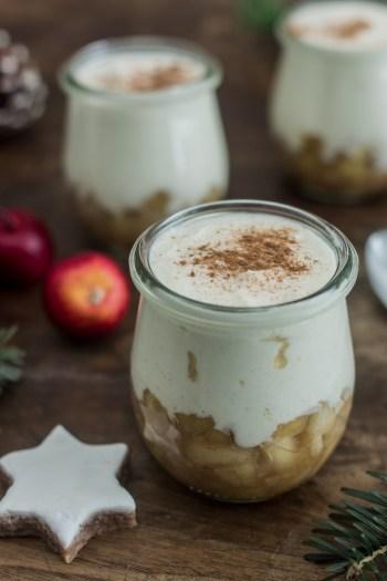 Bratapfel Zimtcreme - Weihnachtliches Dessert im Glas