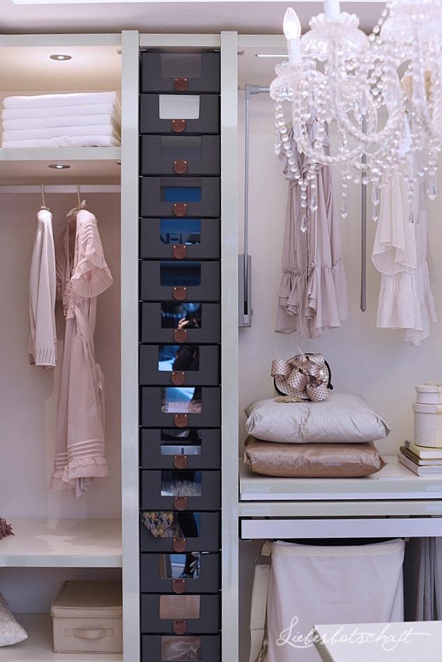 m dchentraum begehbarer kleiderschrank wie du die sch nste ankleide aller zeiten bekommst. Black Bedroom Furniture Sets. Home Design Ideas