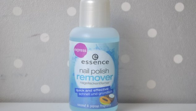 Essence nail polish remover – quick and effective