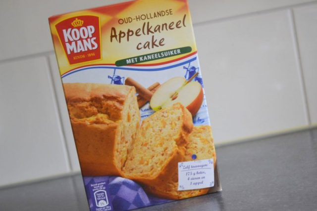 Appelkaneel cake