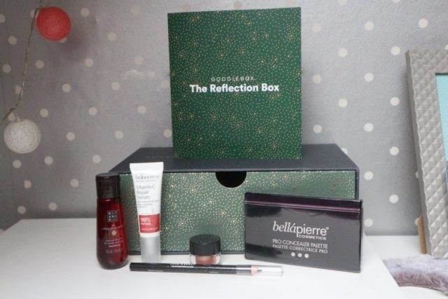 Goodiebox December | The reflection box
