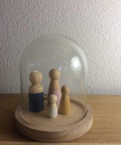 Kleine stolp, glazen stolp, houten poppetjes, liefsvanlauren.nl