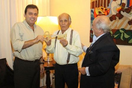 Reunião_Prefeito-Carlos-Eduardo_JOsé-Pedroso_Hotel-Reis-Magos_Foto_Alex-Régis_SECOM-3-1024x682