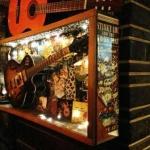 lou's bar
