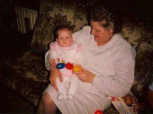 Oma en nog een heel kleine Lies.