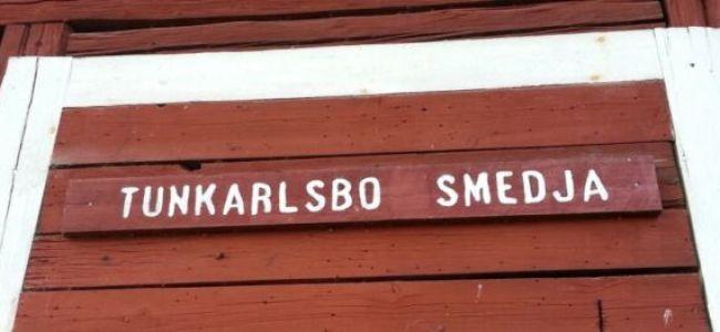 synchroonkijken,Zweden,2015,rood,smedja,Tunkarlsbo