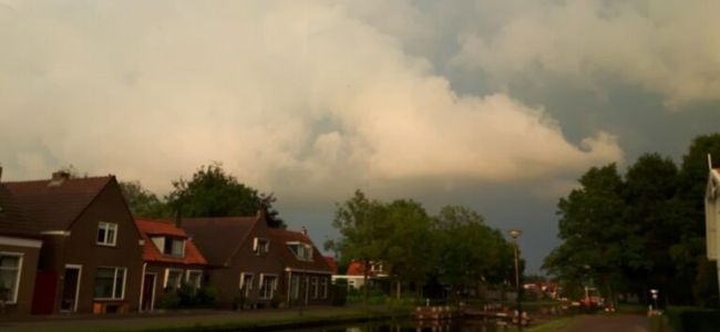 Friesland,dreigend onwer,juni,2016