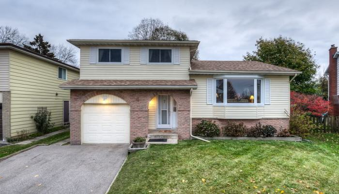 Just Sold! Gorgeous Family Home in Forest Heights